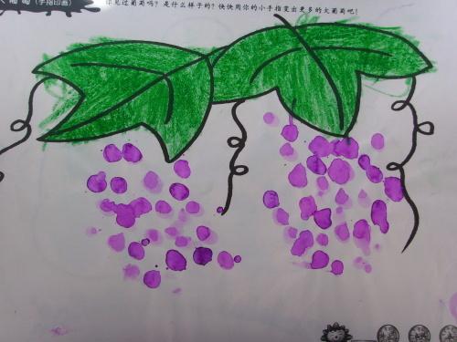 幼儿园小班孩子的绘画作品