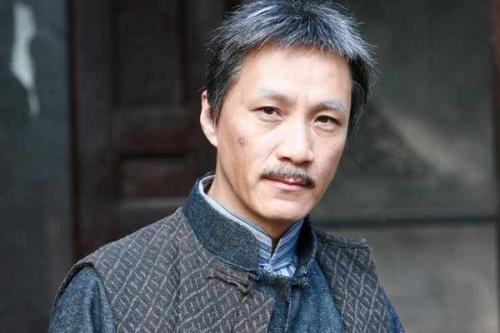 这是电视剧 最后的王爷>老年造型.目前正在北京拍摄.