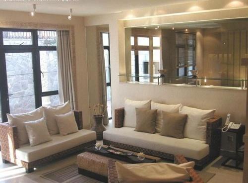 布艺沙发木地板:让家有温暖的味(图)