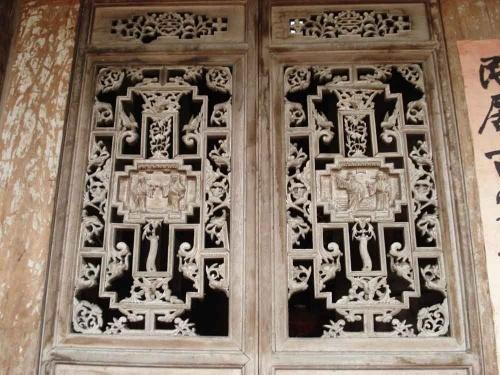 清代的雕花木窗